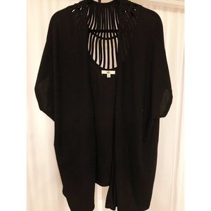 Black Short Sleeve Shawl